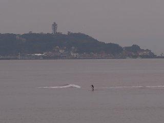2018/10/15 どんよりとした月曜日、ぽつんと浅瀬で楽しくなさそうスタンドアップパドルサーフィン